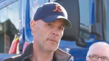 David Curry pleads for his missing wife, Elisa Curry, to make contact.