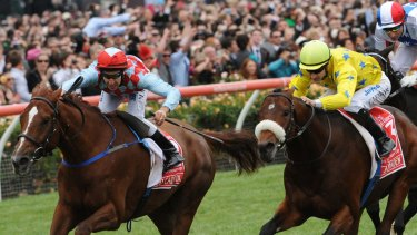 Dunaden finishes ahead of Red Cadeaux in 2011.