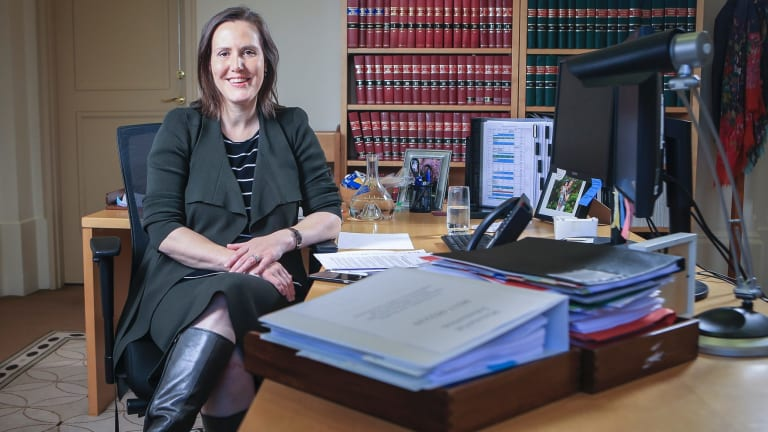 Proposals to re-allow transfers from British pension funds to Australian super funds for members younger than 55 have failed, says a spokesperson for financial services minister Kelly O'Dwyer.
