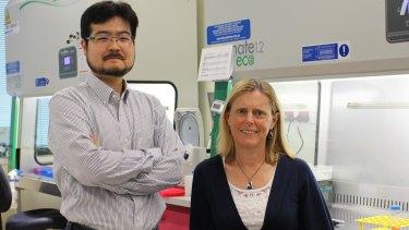 Dr Minoru Takasato and Professor Melissa Little.