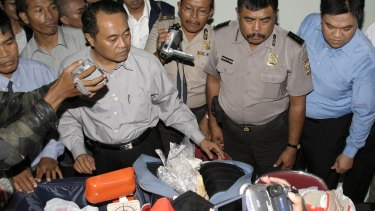 Indonesian police display drugs which were seized in April 2005. Nine Australians were arrested at Denpasar Airport in Bali.