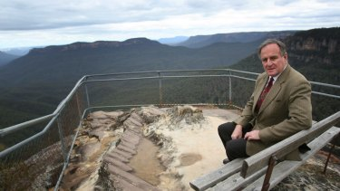 "Strong voice: Bob Debus at Leura in the Blue Mountains in 2007. The former NSW environment minister said a federal government report into the environmental impact of Badgerys Creek paid ""cursory attention"" to the world-heritage value of the country's most visited national park."