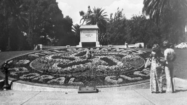 Melbourne's floral clock has survived fashion and gardening fads.