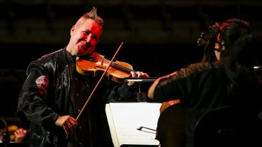 Nigel Kennedy review: violinist bounces through Four Seasons