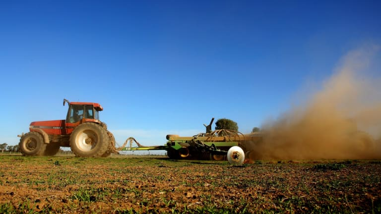 Sydney Barrister Peter King argues a royal commission into banks' treatment of farmers is needed.