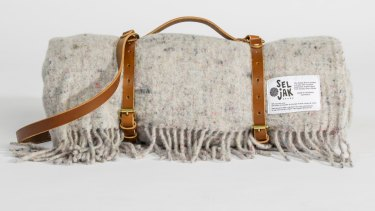 Original fringe blanket and leather strap by Seljakg.