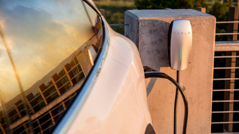 Stockland is investing in a national roll out of Tesla Destination Chargers across 31 shopping centres from Cairns to Melbourne.