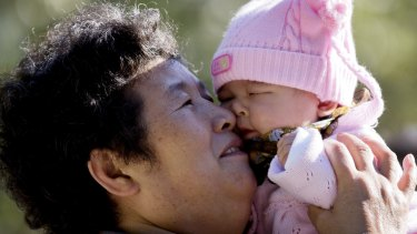 China has abolished the country's decades-old one-child policy and allow all couples to have two children.