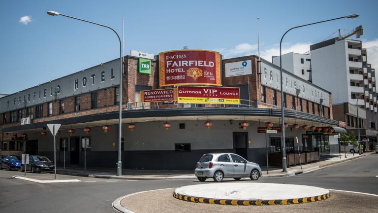 The Fairfield Hotel has promised $2.6 million in donations to community organisations, including $500,000 to Fairfield Hospital, should its application for an extra seven machines be approved.