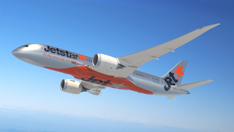 how to get food on jetstar international flights