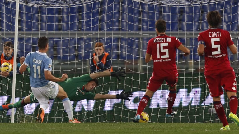 Klose slammed home two goals to help end Cagliari's streak.