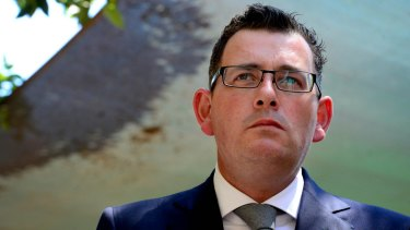 """The Australian Education Union is ramping up pressure on Premier Daniel Andrews, accusing him of """"undermining"""" the needs-based Gonski school funding agreement."""