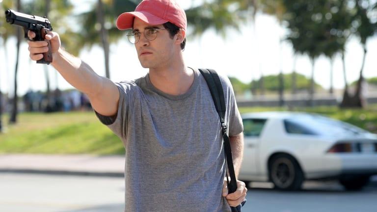 Darren Criss plays serial killer Andrew Cunanan.