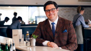 Time on Mad Men taught Rich Sommer about cocktails and suits, but the horses running in the Melbourne Cup Carnival are another matter entirely.