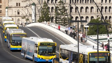 Council's new and imporved plans for the Brisbane Metro system will see 125 less buses in the city and aims to make the Victoria Bridge green.