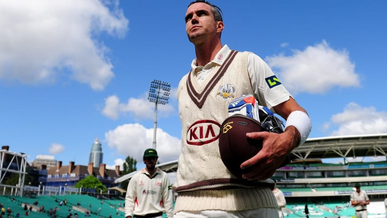 Kevin Pietersen leaves the field unbeaten on 355 not out for Surrey.