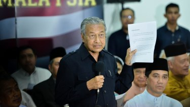 Former Malaysian prime minister Mahathir Mohamad speaks in 2016 when issuing a declaration signed by 58 public figures urging Prime Minister Najib Razak to resign over corruption allegations.