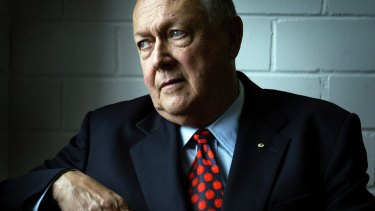 John Valder launched a campaign to try to unseat John Howard in his seat of Bennelong in 2004.