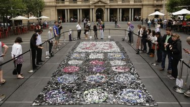 Chris Jordan's e-waste artwork made of nearly 6000 old mobile phones at Customs House, Sydney.