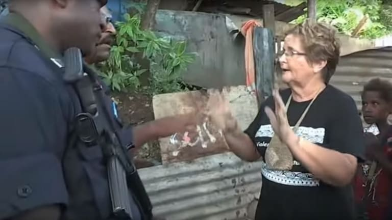 Dame Carol Kidu pleads with PNG police to stop the destruction at Paga Hill.