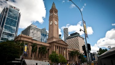 City Hall (Brisbane's tallest building, 1930-1970) with Infinity Tower (the current tallest) to the immediate right of the clock tower.