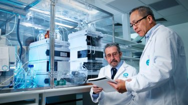 CSIRO chemists Dr San Thang (right) and Dr Ezio Rizzardo were tipped for this year's chemistry Nobel prize. Dr Thang has since been made redundant.