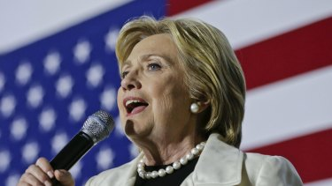 Democrat front-runner Hillary Clinton says the US trading partnership with China is symbiotic.