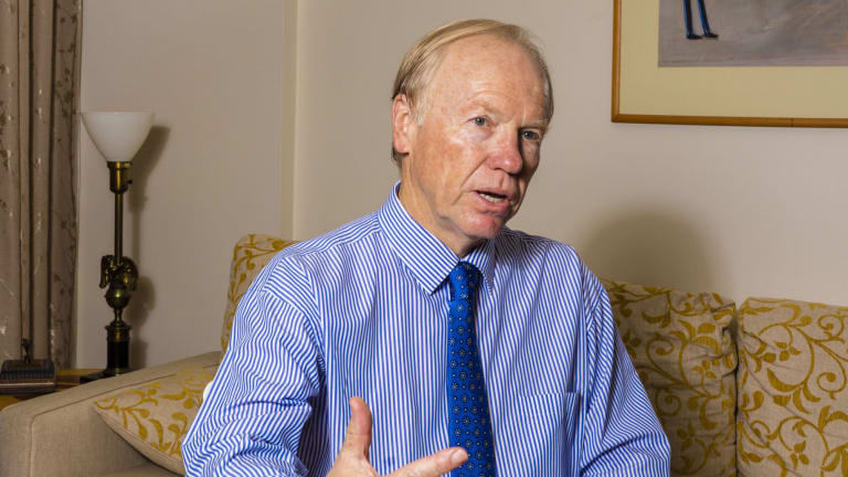 Former Queensland premier Peter Beattie has been named new chief of the 2018 Commonwealth Games organisation, GOLDOC
