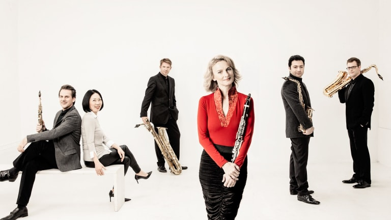 Sabine Meyer, in red top, and the Alliage Quintett.