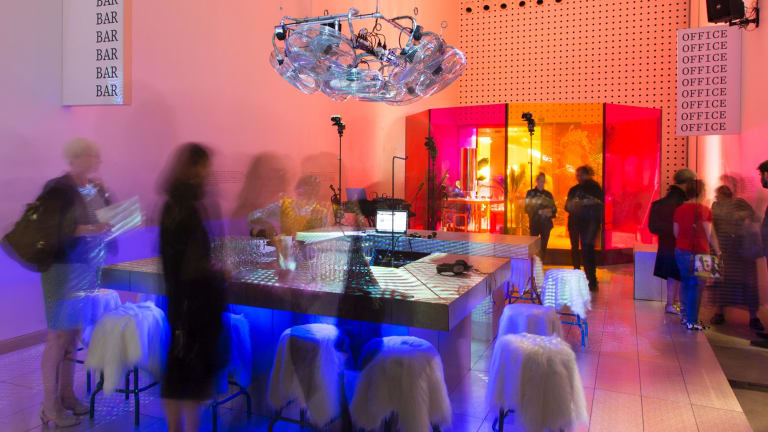 The High Risk Dressing/Critical Fashion exhibition interprets spaces inspired by the Fashion Design Council in the 1980s.