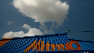 Uncertainty over the future of the Mitre 10 and Home Timber & Hardware hardware brands is driving defections.