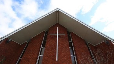 A meeting of concerned Catholics in Canberra on Thursday voted overwhelmingly for reforms that would give the laity more say over how the church is run.