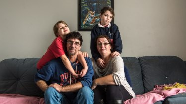 Duncan Storrar with his daughters Jakalah-Rose, Indica and wife Cindy-Lee.