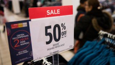 Watch out for Black Friday scams this weekend.