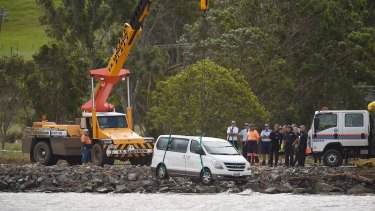 The van is removed from the Tweed River at Tumbulgum.