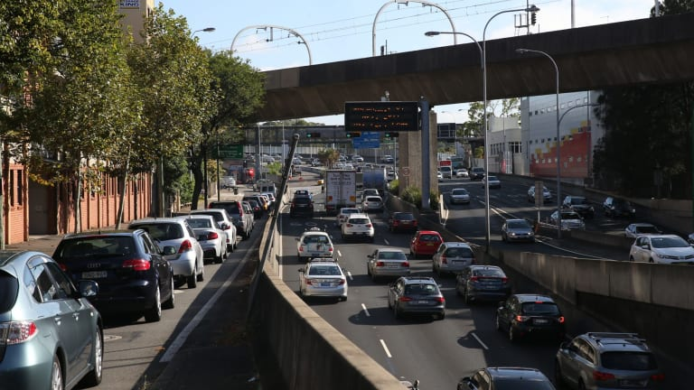 The Institute of Transport and Logistics Studies has calculated that for the Sydney metropolitan area, if  registration charges are halved and  a 5¢ per kilometre peak period charge is introduced then almost every driver would be better off.