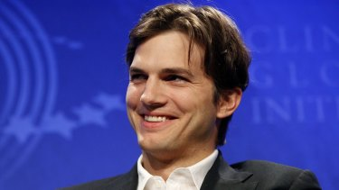 """Ashton Kutcher says there's nothing wrong digging up dirt on a """"shady journalist""""."""