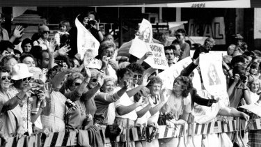Irish protesters among the crowd at the opening of Darling Harbour, May 4 1988.
