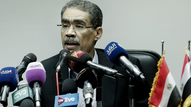 Head of the Egyptian Press Syndicate Diaa Rashwan briefs the press on the attack.