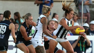 Carlton and Collingwood clash last Friday.