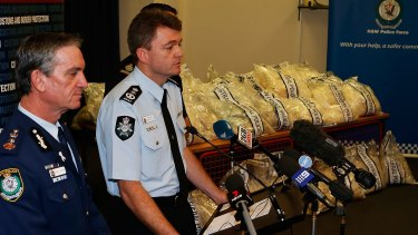 Then NSW police commissioner Andrew Scipione and AFP Commissioner Andrew Colvin present a drug haul to media in 2014.