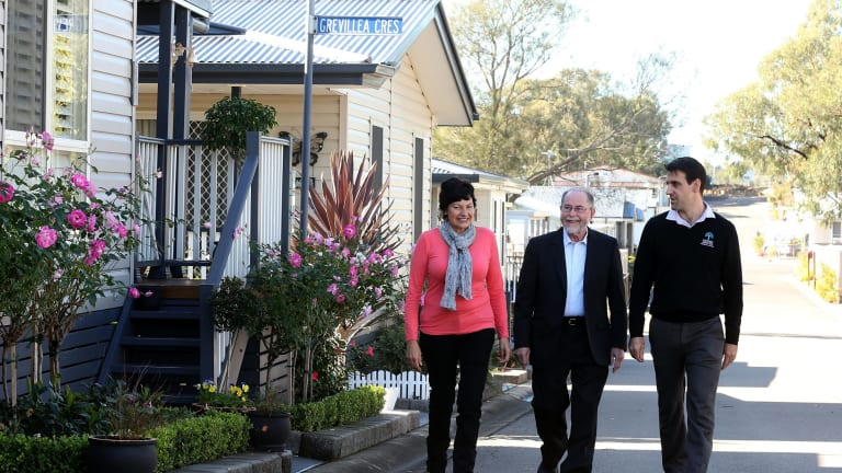 Residents of Gateway Lifestyle retirement park in Stanhope Gardens, Cliff Wiltshire and Val Beck with CEO Trent Ottawa.