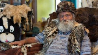 Catman, Barry Green, an environmentalist on Kangaroo Island, culls feral cats.