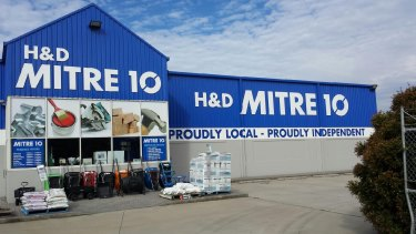 A merger of Mitre 10 and Home Timber & Hardware could create a $2 billion hardware distributor supplying 900 stores.