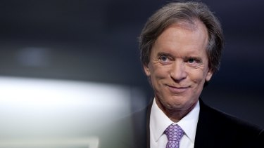 Bill Gross says helicopter money will help avert a prolonged recession as robots render masses of workers redundant.