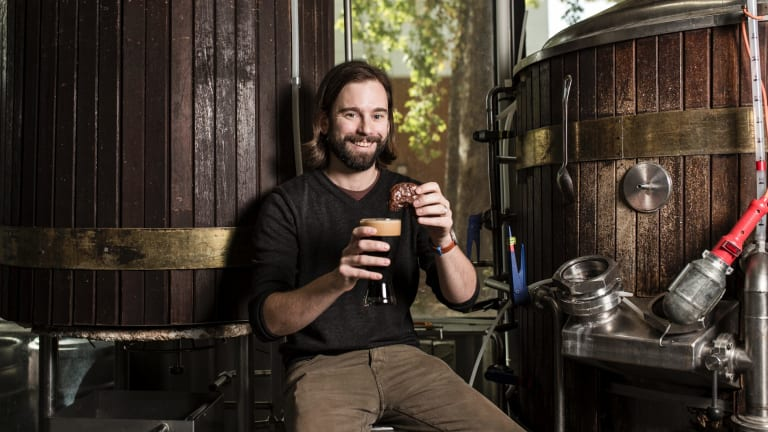 Kevin Hingston of Pact Beer Co. They have teamed up with Melbourne's Butterbing Cookie Sandwiches to make a salted caramel porter called 'Who poured the porter in the cookie jar'.