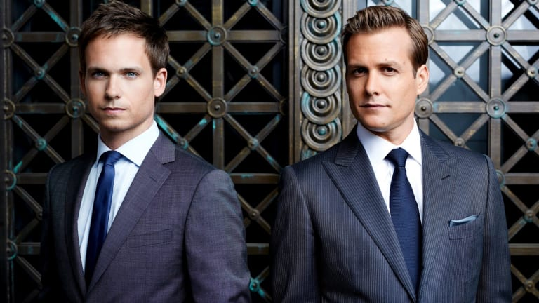Suits star gabriel macht doesnt know why everyone loves harvey specter patrick j adams and gabriel macht love the fan fiction that imagines their i colourmoves