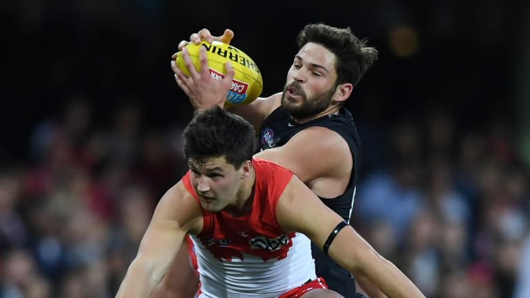 Levi Casboult has signed with the Blues for another two seasons.