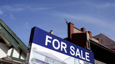 Not sold: Survey respondents are doubtful about whether to buy a house now.