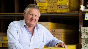 "Dahlsens chairman John Dahlsen says the merger of Metcash's Mitre 10 and Woolworths' Danks is ""the better of two evils""."